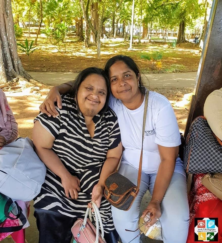 Farzana with her sister Ferozia